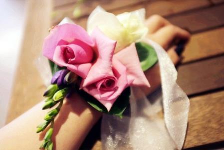鲜花新娘发型重点